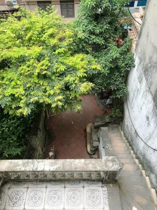 Cho thuê nhà đẹp cạnh hồ Hoàng Cầu